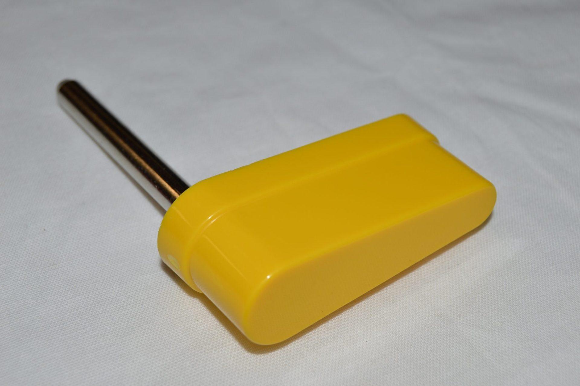 Small Yellow Flipper Bat 20-9264-6